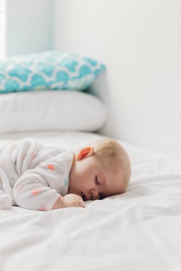 bébé dort - mobile